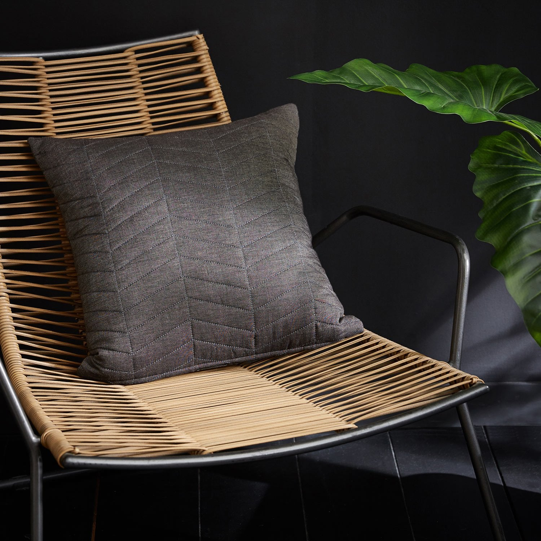 Coussin Kobe INSPIRE, gris l.45 x H.45 cm