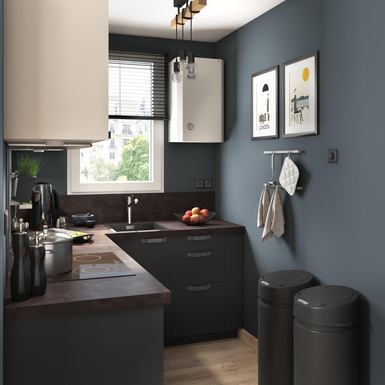 petite cuisine noire et contemporaine leroy merlin. Black Bedroom Furniture Sets. Home Design Ideas