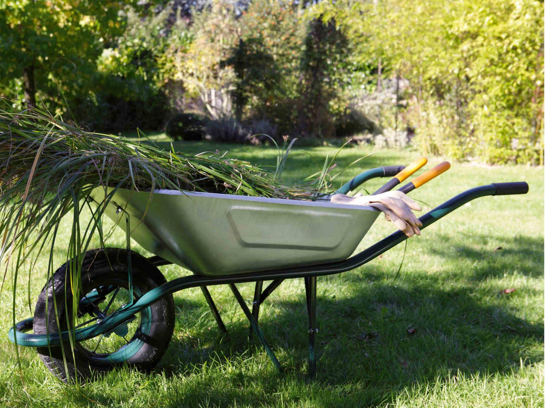 brouette 1 roue en plastique altrad 160 l 200 kg leroy merlin. Black Bedroom Furniture Sets. Home Design Ideas
