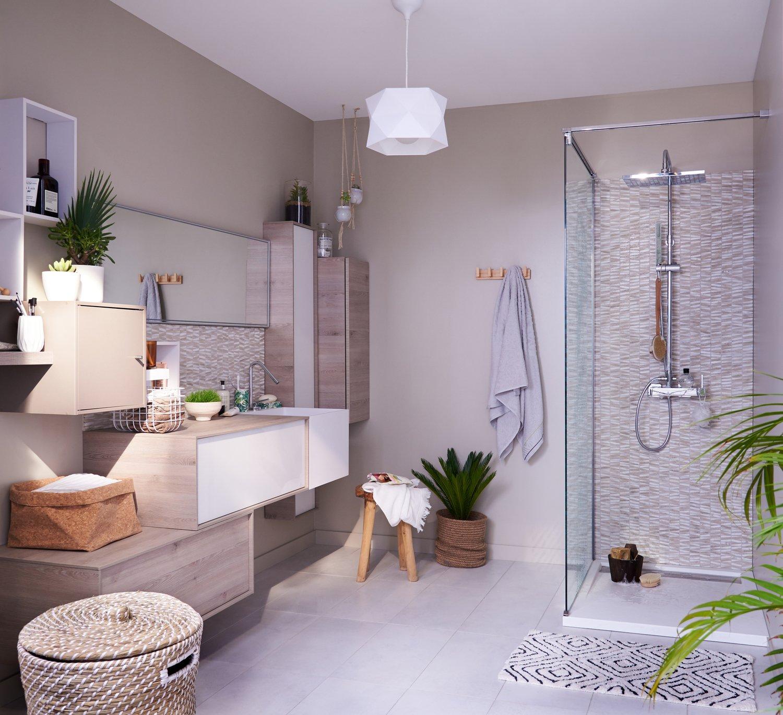 Une salle de bains à la déco apaisante | Leroy Merlin