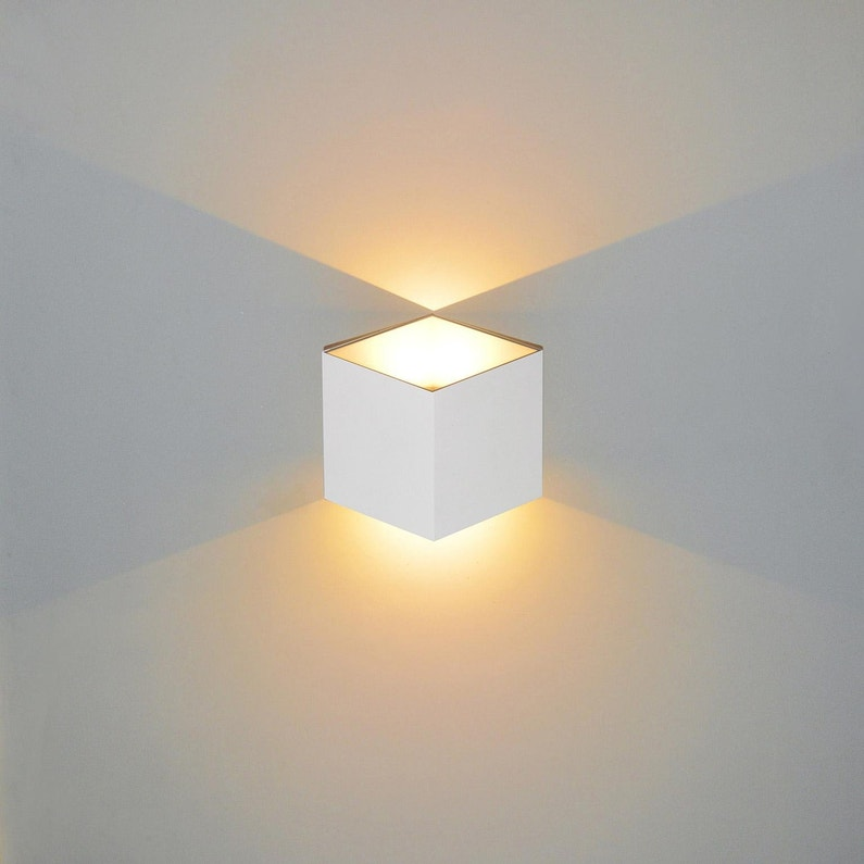 Applique Design Aluminium Blanc Led Integree Lussiol Jazzy