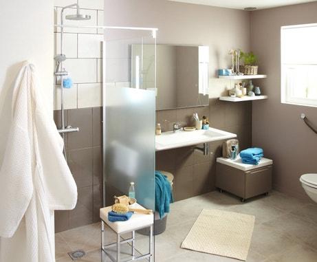 Une salle de bains facile à vivre
