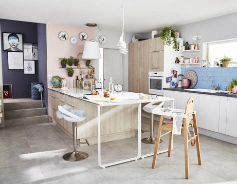 une cuisine familiale au style scandinave
