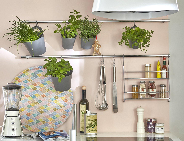 du rangement astucieux pour la cuisine leroy merlin. Black Bedroom Furniture Sets. Home Design Ideas