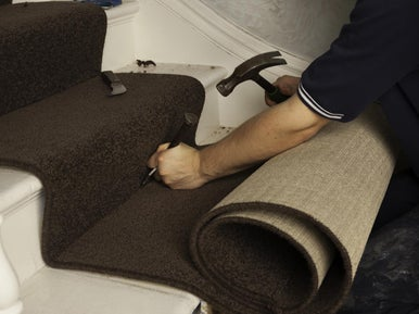 comment poser une moquette sur un escalier leroy merlin. Black Bedroom Furniture Sets. Home Design Ideas