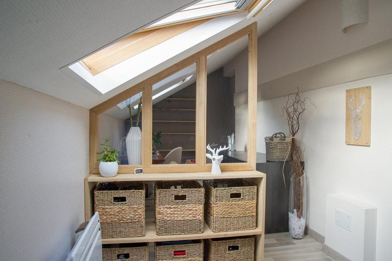 la verri re de s paration sous pente de charl ne hersin. Black Bedroom Furniture Sets. Home Design Ideas