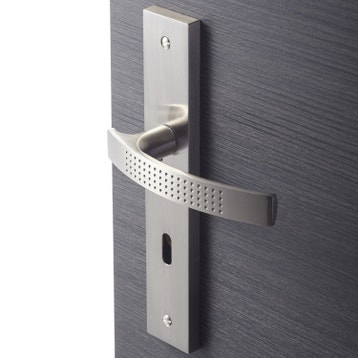 poign e sur plaque poign e de porte int rieure au meilleur prix leroy merlin. Black Bedroom Furniture Sets. Home Design Ideas