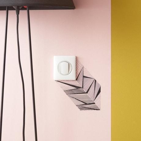 Zoom l'interrupteur qui se la joue géométrique