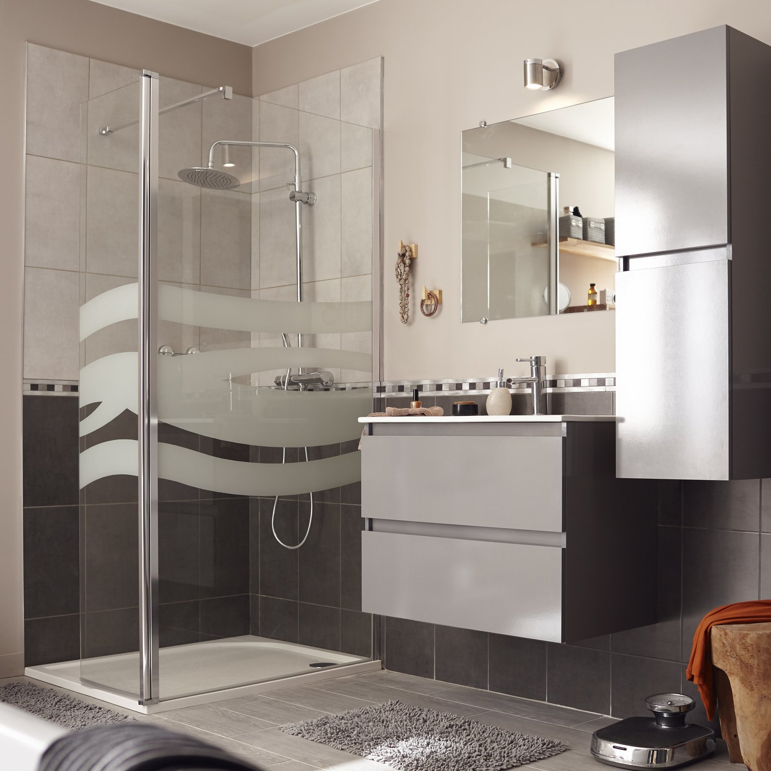 Awesome Salle De Bain Blanche Et Grise Pictures - House ...