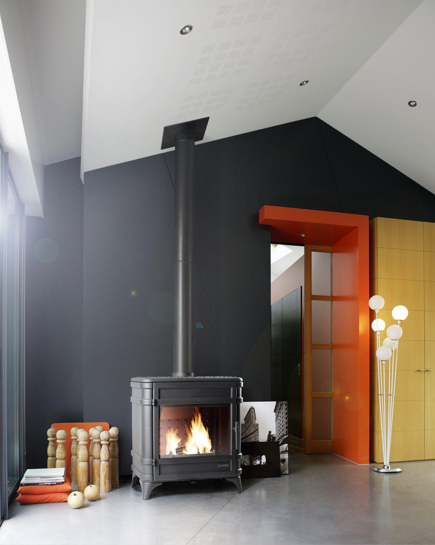 Poele A Bois Maison le poêle à bois offre un confort absolu dans la maison