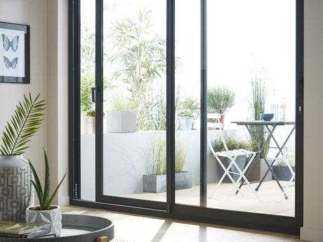 bien choisir sa fen tre ou baie vitr e leroy merlin. Black Bedroom Furniture Sets. Home Design Ideas