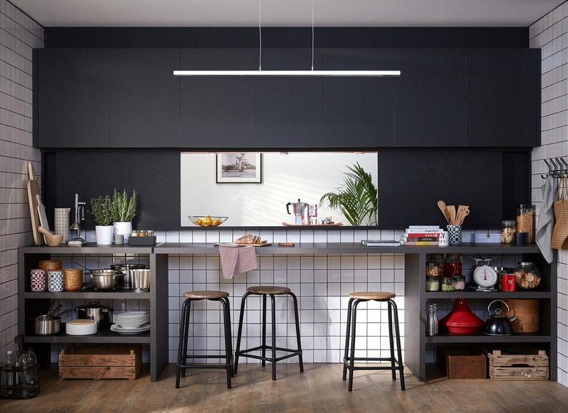 Une cuisine ouverte qui sert de passe plat for Photos cuisine ouverte passe plat