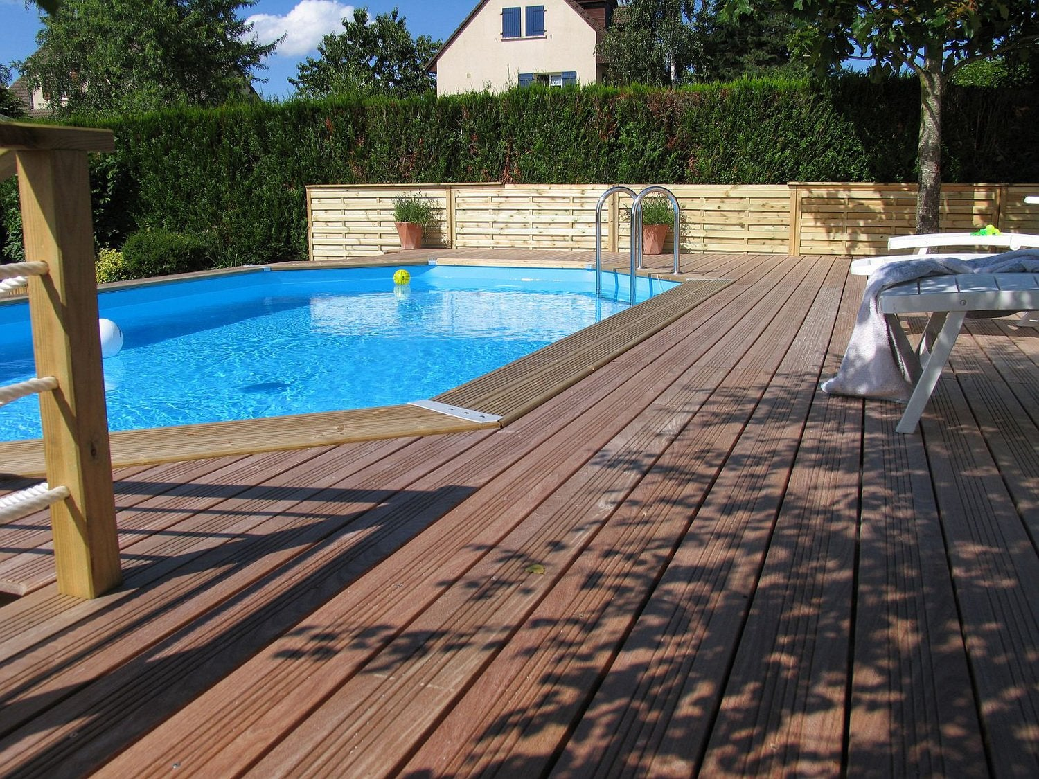 Piscine bois leroy merlin piscine enterr e leroy merlin for Piscine semi enterre