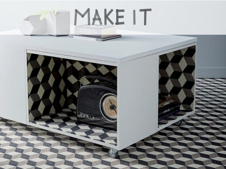 diy fabriquer une table basse vintage en moquette. Black Bedroom Furniture Sets. Home Design Ideas