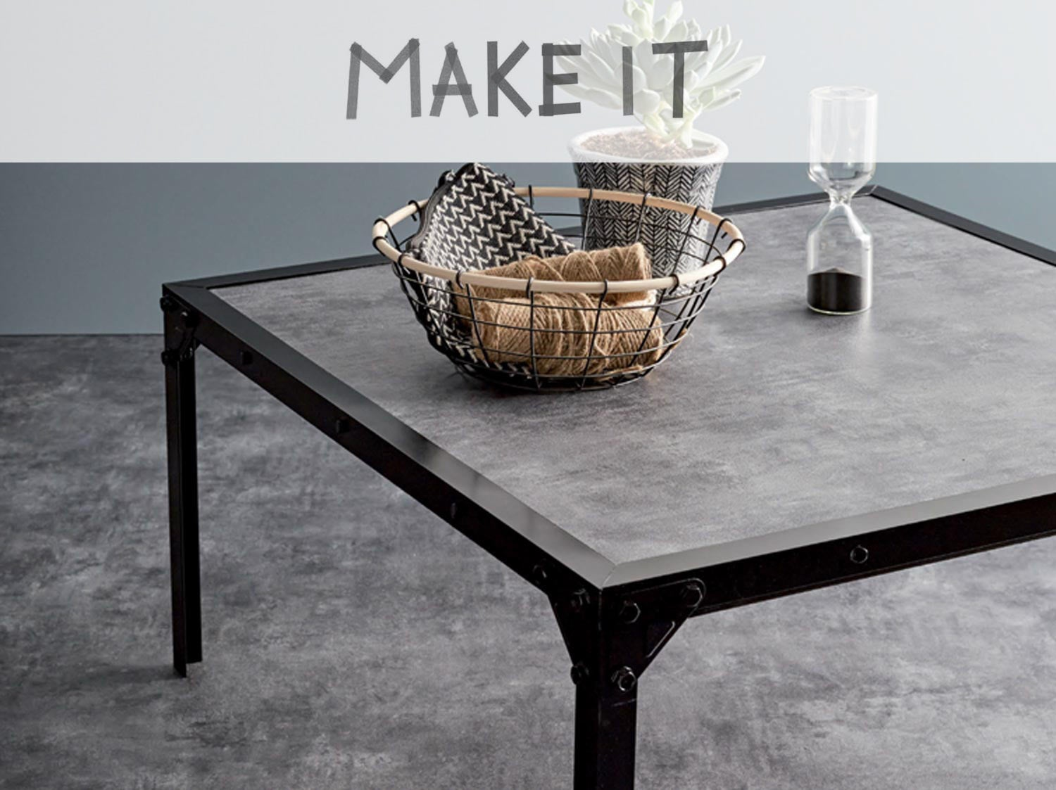 diy fabriquer une table basse au style industriel leroy merlin. Black Bedroom Furniture Sets. Home Design Ideas