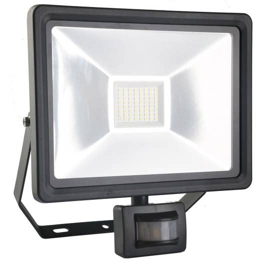 Projecteur fixer d tection ext rieur led int gr e 50 w for Projecteur led exterieur 50w