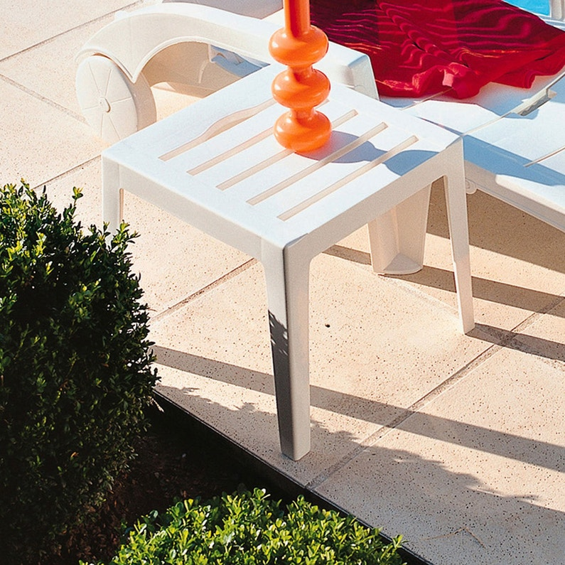 Table De Jardin Basse Grosfillex Miami Carree Blanc 2 Personnes