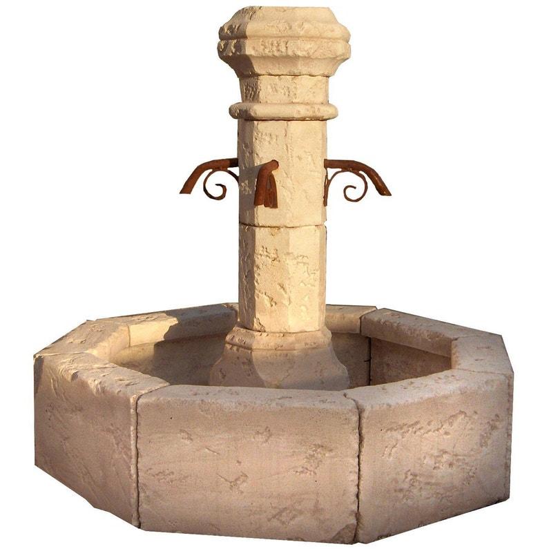 Fontaine de jardin en pierre reconstituée pierre vieillie Village ...