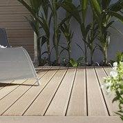 Pose d'une terrasse en bois ou composite, à partir de 35 m²