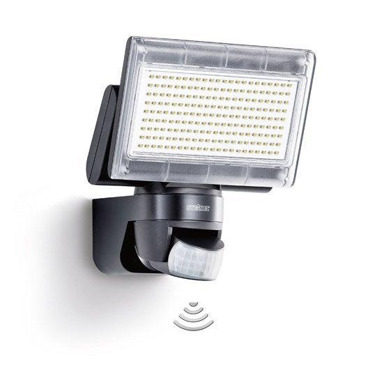 projecteur à fixer à détection extérieur led intégrée 14.8w=920lm