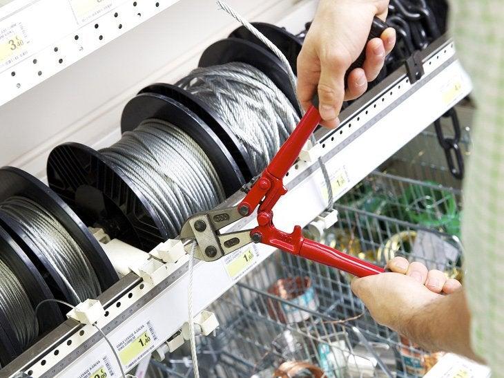 Fixer, suspendre ou tracter... Le câble est utilisé pour des travaux, de la déco ou des loisirs.