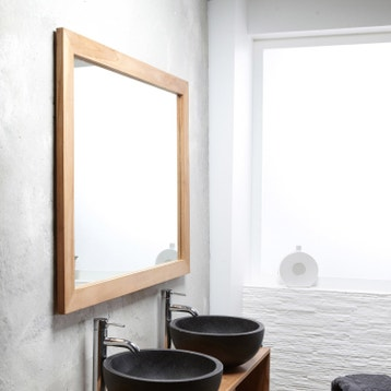 Miroir simple de salle de bains - Miroir de salle de bains au ...