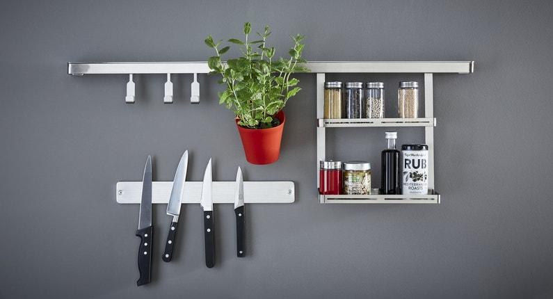 Des rangements astucieux en inox pour vos ustensiles de - Ustensiles de cuisine en inox ...