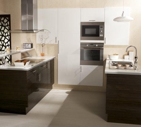 Jolie symétrie dans la cuisine
