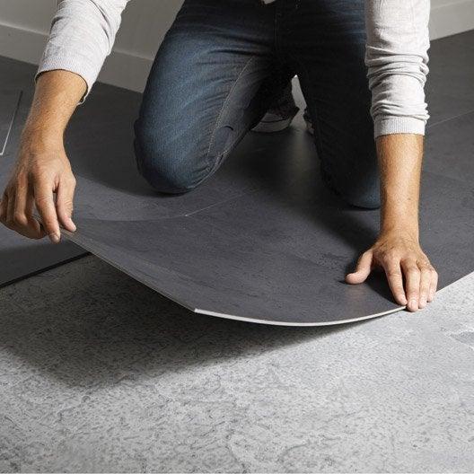 poser des dalles ou des lames pvc 1h30 2h leroy merlin. Black Bedroom Furniture Sets. Home Design Ideas