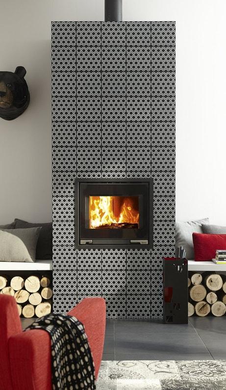 Carreau de ciment qui forment la cheminée