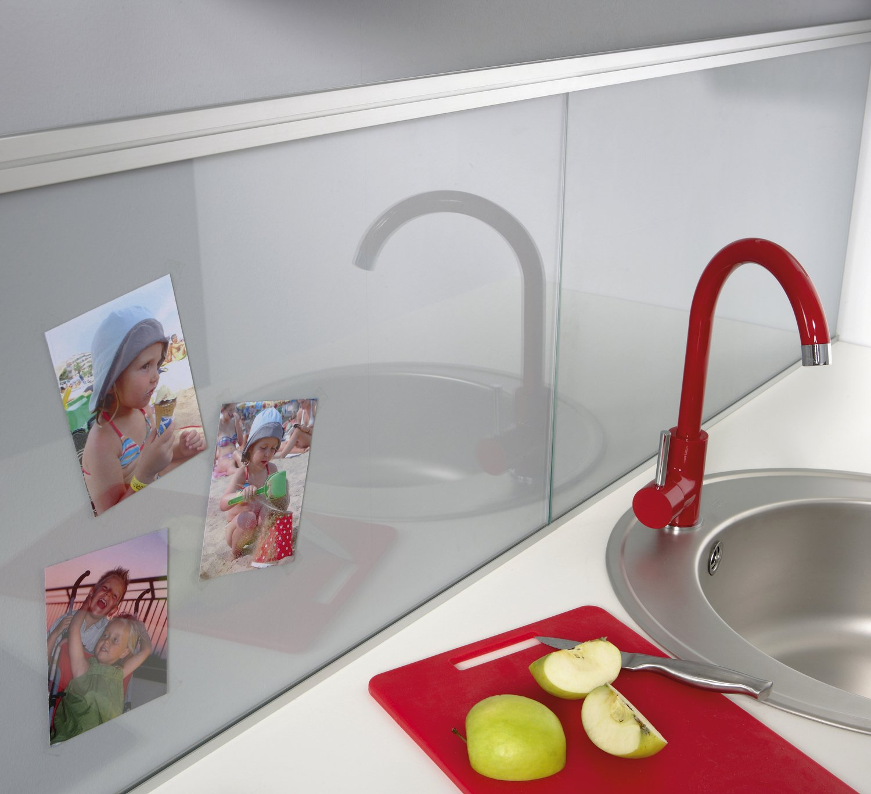 Une cr dence en verre transparent pour une cuisine lumineuse leroy merlin - Credence cuisine lumineuse ...