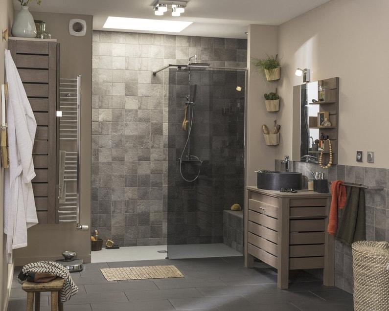 Une salle de bains au style naturel leroy merlin - Salle de bain italienne leroy merlin ...