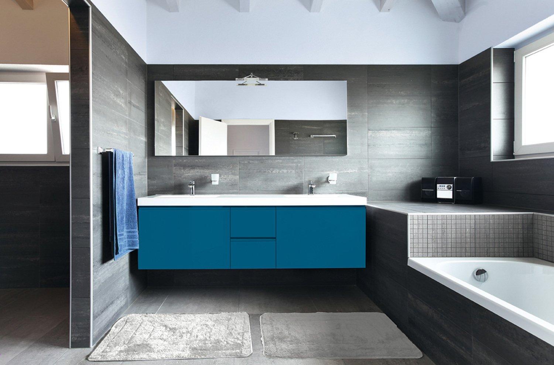 Personnalisez votre meuble de salle de bains en bleu lagon | Leroy ...