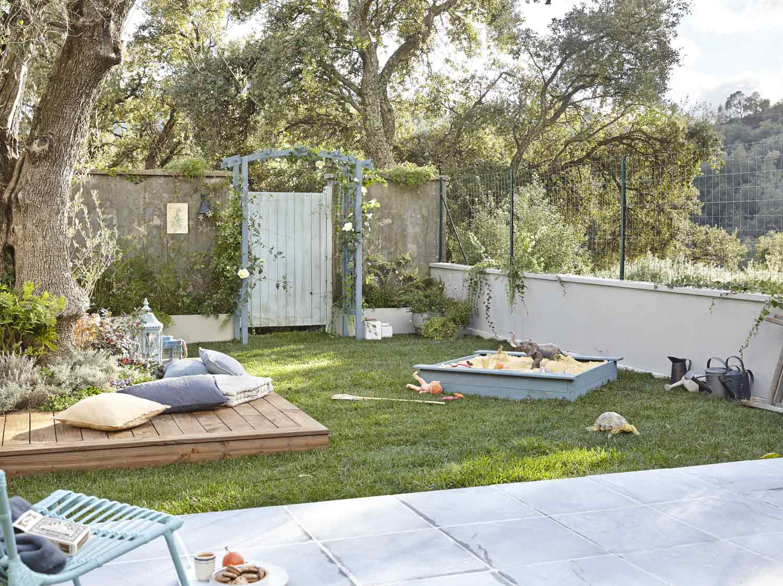 Claustra en b ton blanc x x p 9 cm leroy merlin - Cloturer son jardin ...