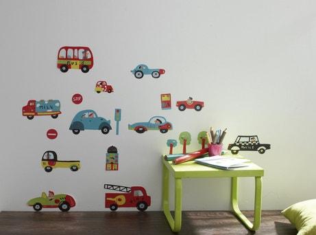 Des stickers muraux à motifs petites voitures pour enfants