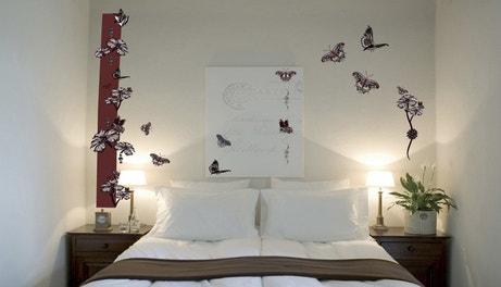 Stickers papillons dans la chambre