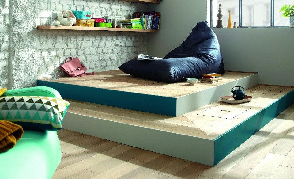 R aliser une estrade avec des rangements leroy merlin - Estrade en bois pour lit ...