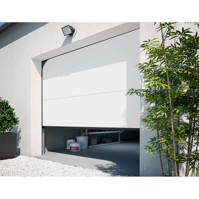 Une entr e divinement clair e leroy merlin for Qu est ce qu une porte de garage sectionnelle