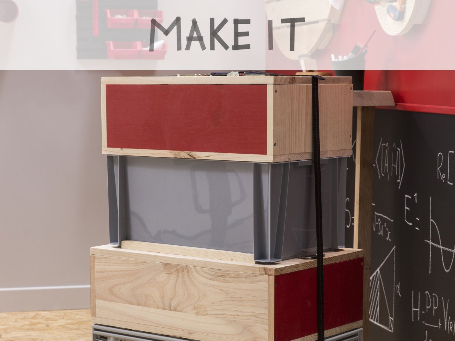 excellent diy fabriquer une multi caisse outils with boite a outils vide leroy merlin with boite. Black Bedroom Furniture Sets. Home Design Ideas