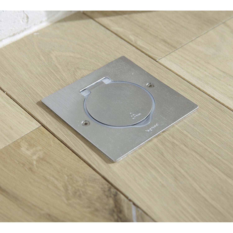 prise avec terre tanche plexo legrand m tal leroy merlin. Black Bedroom Furniture Sets. Home Design Ideas