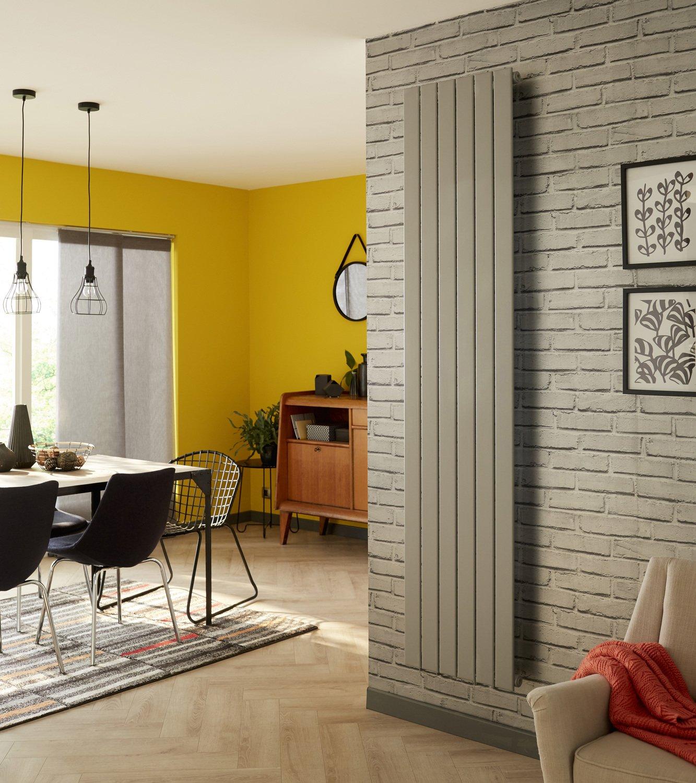 un radiateur peindre dans votre salon leroy merlin. Black Bedroom Furniture Sets. Home Design Ideas