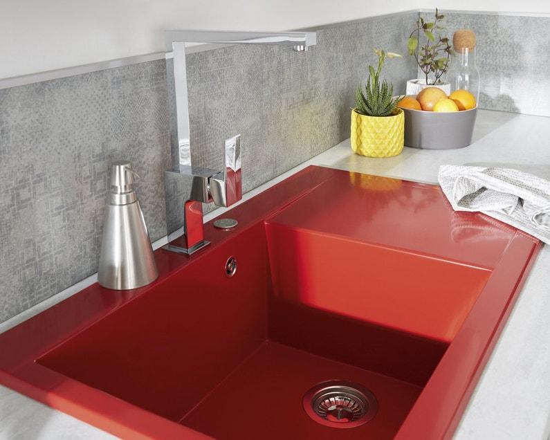 Un vier en r sine rouge pour votre cuisine leroy merlin for Renover un evier en resine
