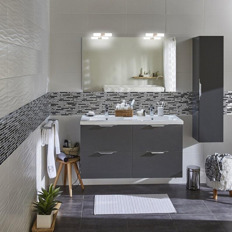 Du gris et du blanc pour la salle de bains leroy merlin for La salle de bain du titanic