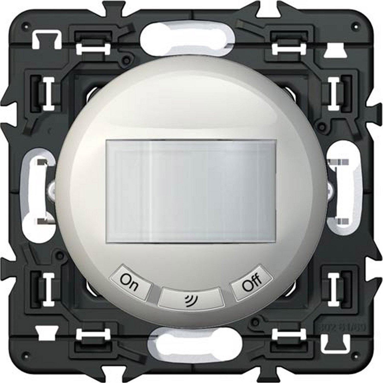 interrupteur automatique assembler legrand leroy merlin. Black Bedroom Furniture Sets. Home Design Ideas