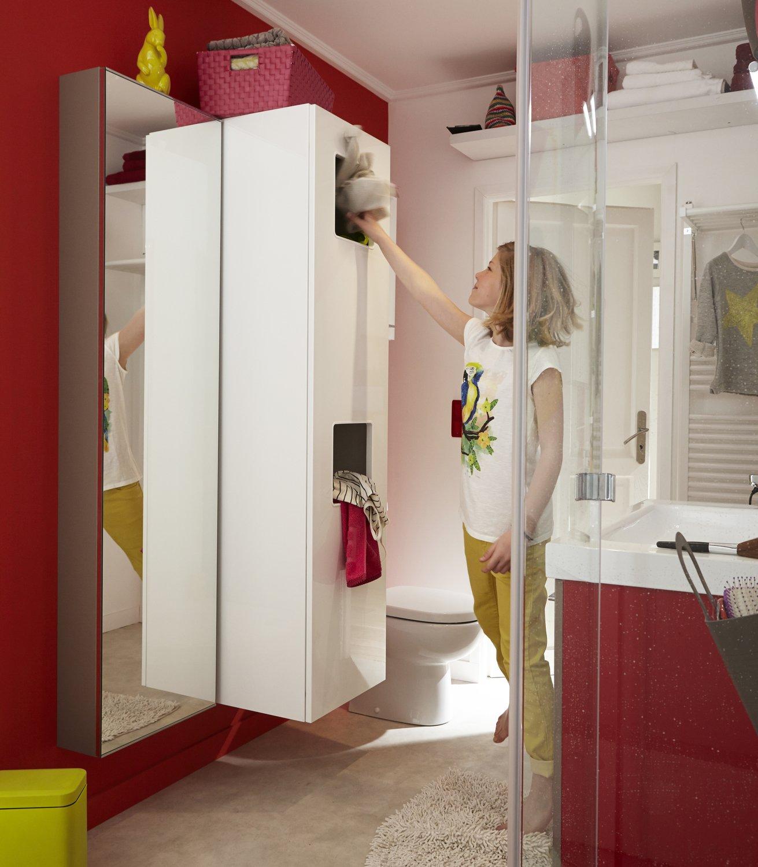 rangements malin pour trier le linge dans la salle de. Black Bedroom Furniture Sets. Home Design Ideas