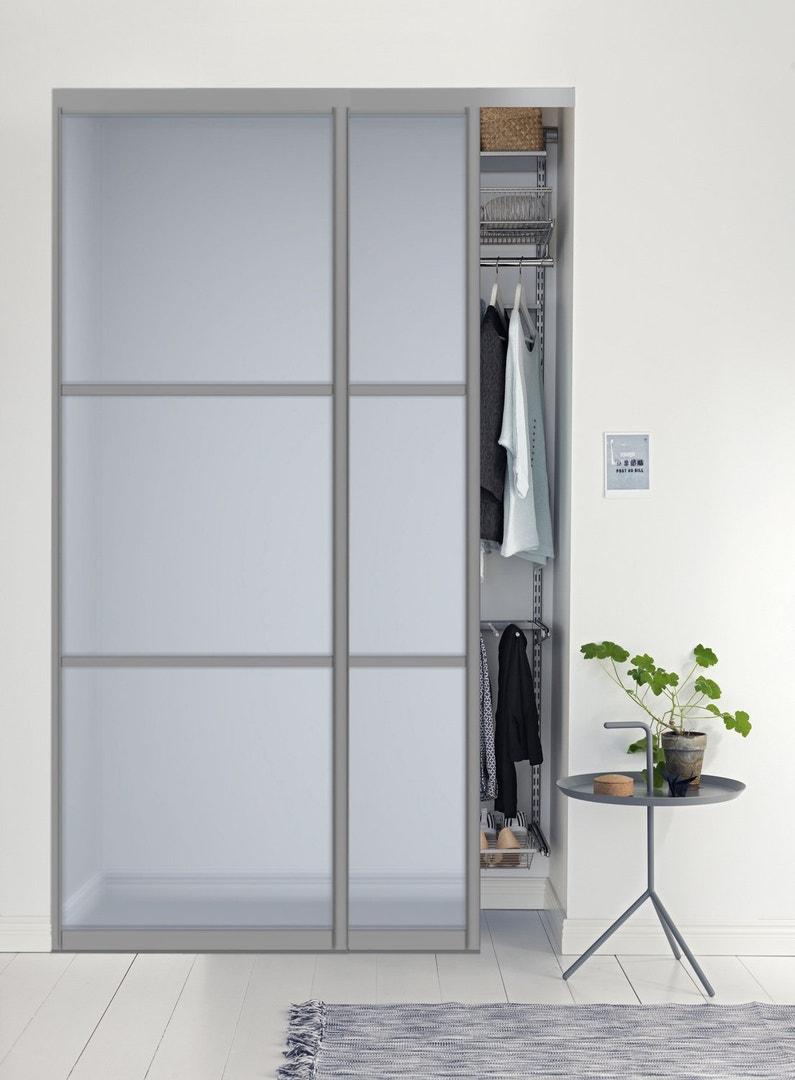 un rangement coulissant au style contemporain leroy merlin. Black Bedroom Furniture Sets. Home Design Ideas