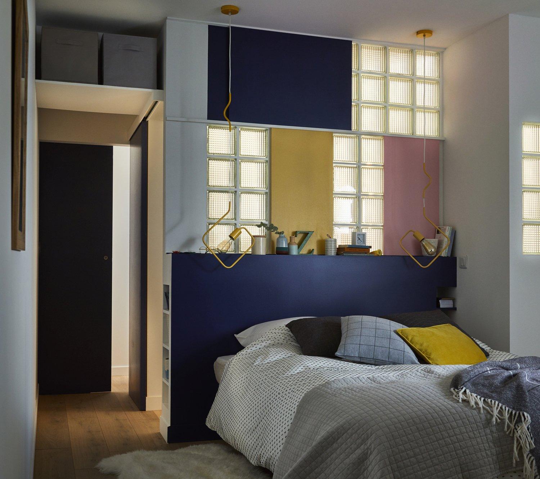 les briques de verre id ales dans une chambre sans. Black Bedroom Furniture Sets. Home Design Ideas