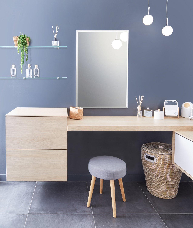 un coin coiffeuse au style scandinave dans la salle de bains leroy merlin. Black Bedroom Furniture Sets. Home Design Ideas