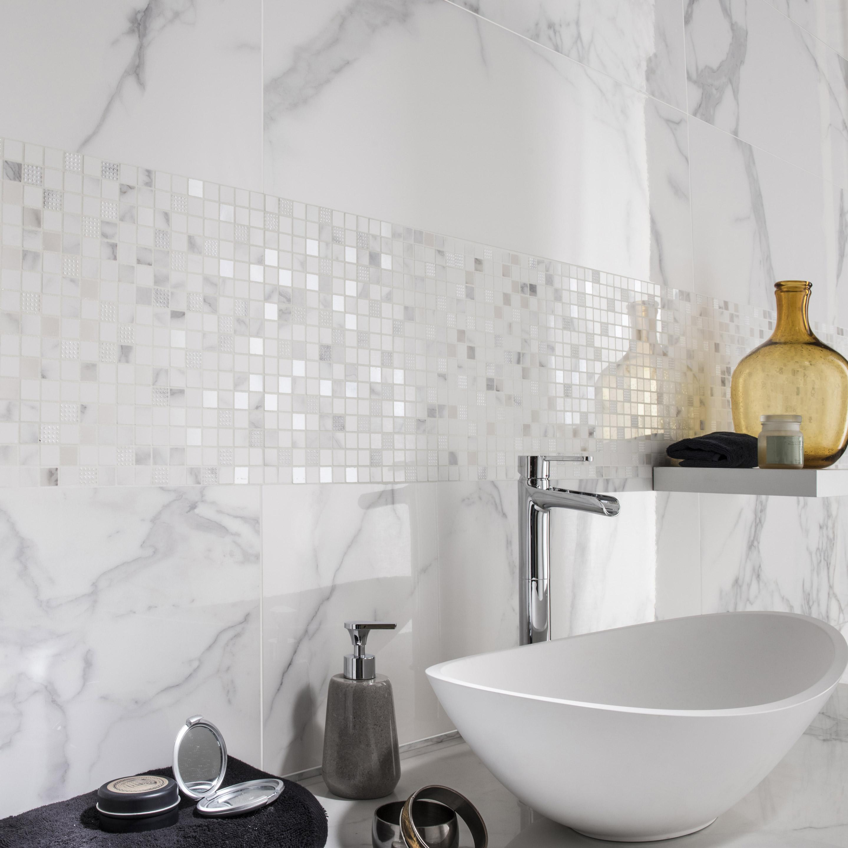 Faïence mur marbre blanc carrare brillant l.30.5 x L.91.5 cm, Murano
