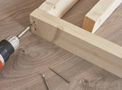 Fabriquer Une Cloison Ajourée En Tasseaux De Bois Avec Un